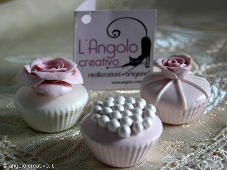 Cupcake Matrimonio Segnaposto.Segnaposto Bomboniera Per Matrimonio Cupcake Artigianale Angolo
